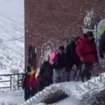 Videos de  excursionistas en Golobar con nieve